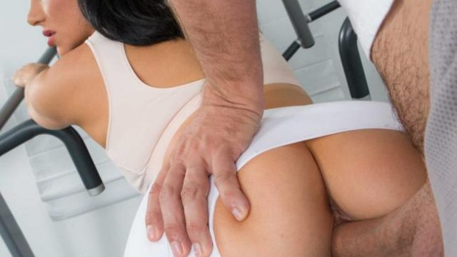 Fitness trainer fucks his best friends busty wife