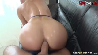 Big booty blonde fucked hard ass hole