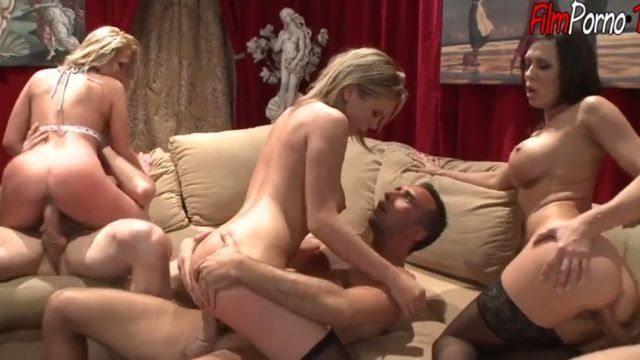 Three pairs of crazy swingers party hard anal & pussy fuck