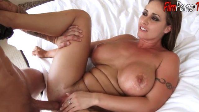 My sex therapist horny turned suck my dick & fuck pussy
