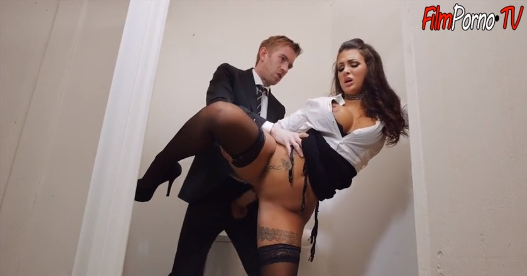 Boss young brunette employee fuck in the toilet office sex