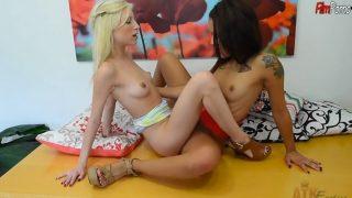 Hot young lesbian girls Piper Perri & Holly Hendrix lesbian fucks