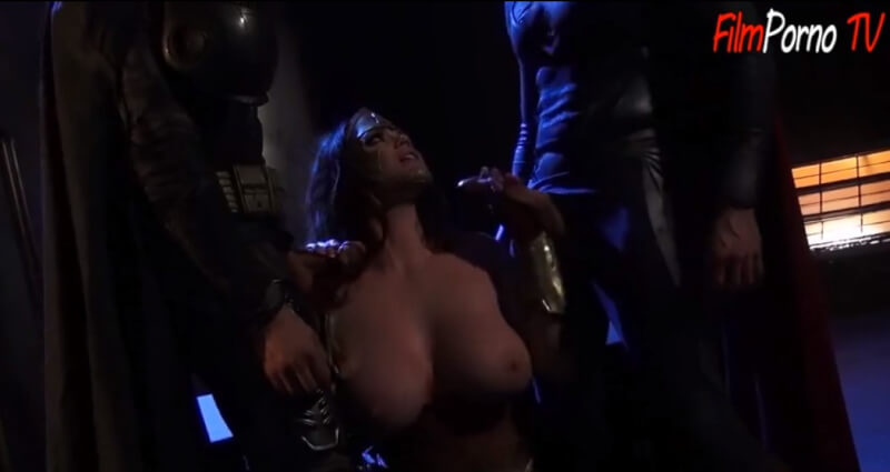 Superheroes Porn parody Super Man & BatMan Threesome sex video