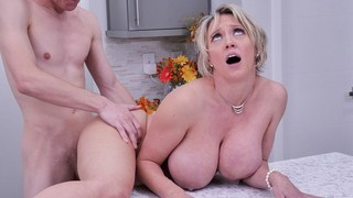 Mature stepmom Dee Williams cock riding with stepson in kitchen table